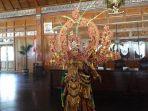 kostum-solo-batik-carnival-wonderful-indonesia.jpg