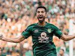 manu-jalilov-mencetak-gol-kemenangan-persebaya-saat-melawan-madura-united.jpg