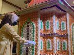 miniatur-masjid-dari-rengginang.jpg