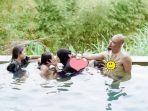 mulan-jameela-liburan-bareng-keluarga.jpg