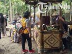 pasar-bahulak-di-desa-karungan-kecamatan-plupuh-kabupaten-sragen.jpg