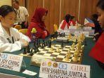 pecatur-junior-indonesia-bertanding-dengan-pecatur-hong-kong-selasa-272019-siang.jpg