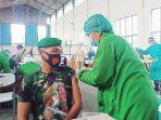 pelaksanaan-vaksinasi-yang-menyasar-prajurit-tni-di-solo-raya-di-depohar-50.jpg