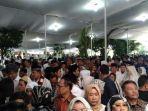 pelayat-ani-yudhoyono.jpg