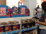 pengunjung-emco-toys-fair_20170315_154956.jpg