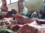 penjual-daging-pasar-gede_20160609_122045.jpg