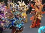peserta-anak-di-solo-batik-carnival_20160725_144225.jpg