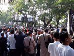 peserta-tabligh-akbar-pa-212-memadati-kawasan-gladak-solo-minggu-1312019.jpg