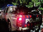 polisi-mengangkut-kendaraan-cbr-milik-korban-kecelakaan-di-turunan-flyover-manahan.jpg