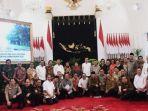 presiden-joko-widodo-berfoto-bersama-para-menteri.jpg