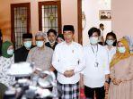 presiden-jokowi-menggelar-konferensi-pers-terkait-penyebab-meninggal-dunia-ibunda.jpg