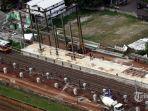 proyek-pembangunan-kereta-api-bandara-soekarno-hatta_20170227_065953.jpg