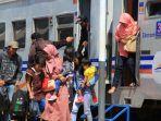 pt-kereta-api-indonesia-kai-menggratiskan-tiket-kereta-api-ka.jpg