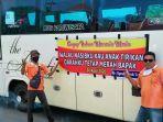 puluhan-bus-wisata-di-solo-raya-dan-jogjakarta-meng.jpg