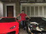raffi-ahmad-dan-koleksi-mobil-mewahnya_20181009_185642.jpg