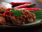 rendang-jadi-kuliner-khas-indonesia-yang-mendunia_20180404_204033.jpg