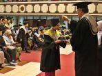 sebanyak-1807-mahasiswa-uns-diwisuda-di-gedung-auditorium-g-p-h-haryo-mataram-sabtu-2482019.jpg