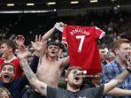 selebrasi-fans-manchester-united.jpg