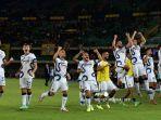 selebrasi-inter-milan-setelah-menang-di-akhir-pertandingan-sepak-bola-serie-a-italia.jpg