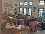 siswa-smpn-2-melakukan-pembelajaran-secara-tatap-muka.jpg