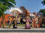 solo-batik-carnival_20180710_203323.jpg