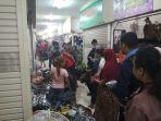 suasana-belanja-di-beteng-trade-center_20180530_195024.jpg