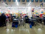 suasana-hypermart-solo-grand-mall-jelang-penerapan-psbb.jpg