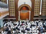 suasana-masjid-az-zikra-sentul-jelang-kedatangan-jenazah-almarhum-ustaz-arifin-ilham.jpg