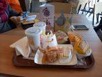 suasana-pembukaan-perdana-gerai-burger-king_20180529_193143.jpg