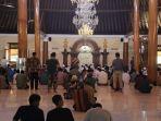 suasanasalat-jumat-di-masjid-agung-surakarta-jumat-2032020.jpg