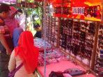 sunday-market-manahan-solo-buka-hari-pertama-2_20160821_085312.jpg