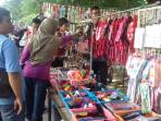sunday-market-manahan-solo-buka-hari-pertama-3_20160821_085239.jpg