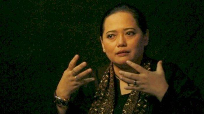 POPULER Bukan Salatiga, Jenazah Paranormal Mbak You Dimakamkan di Bandung, Ini Kata Pihak Keluarga