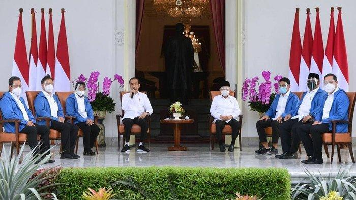 6 Menteri baru Jokowi kompak pakai jaket biru, ternyata ini maknanya
