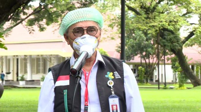 Cerita Dokter Abdul Muthalib saat Suntikkan Vaksin Covid-19 Dosis Kedua ke Jokowi, 'Lebih Tenang'