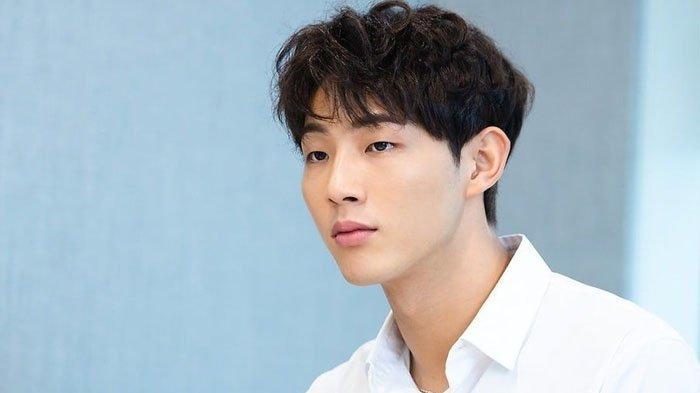 5 Fakta Ji Soo Tersandung Skandal Bullying, Mengaku Tutupi Masa Lalu hingga Mundur dari Drama