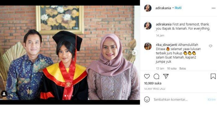 Potret kekompakan Aldi Bragi dan Ikke Nurjanah rayakan wisuda Siti Adira Kania