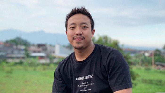 Imbas Polemik dengan Warkop DKI, Keluarga Alfin Warkopi Banjir Hujatan, Mental Down: Ibu Saya Nangis