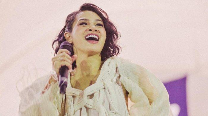 Andien Aisyah Rilis Lagu Indahnya Dunia Versi Bahasa Jepang 'Kono You No Utsukushisa'