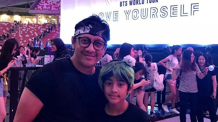 Sayang Anak, Andre Taulany Rela Ikut Nonton Konser BTS di Singapura Bersama Para Buah Hatinya