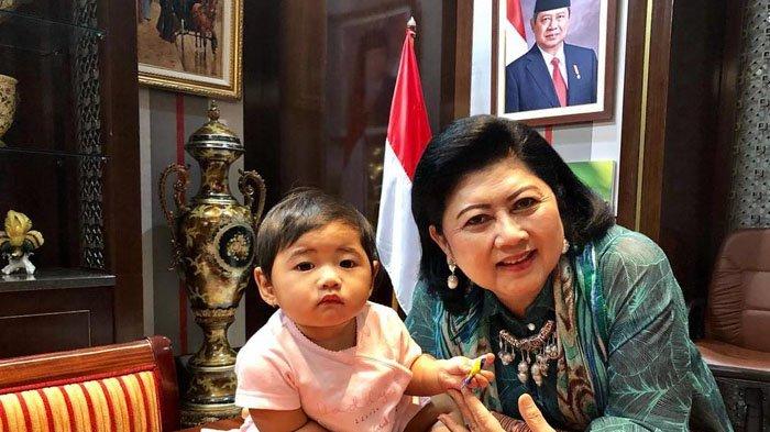 Berfoto dengan Baby G, Ani Yudhoyono Lontarkan Pertanyaan Ini untuk Warganet, Mirip Siapa?