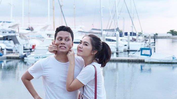 Arief Muhammad dan Tiara Pangestika