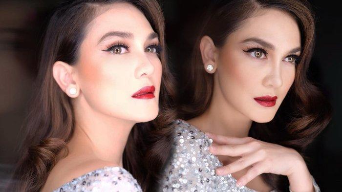 Sabet Penghargaan IMA Awards 2019, Luna Maya Bikin Heboh: Jangan Takut Jatuh, Bangkit Lagi