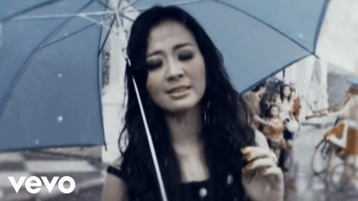 Kumpulan Lirik Lagu & Chord Astrid, Tentang Rasa, Mendua, Terpukau, Kosong, Jadikan Aku yang Kedua