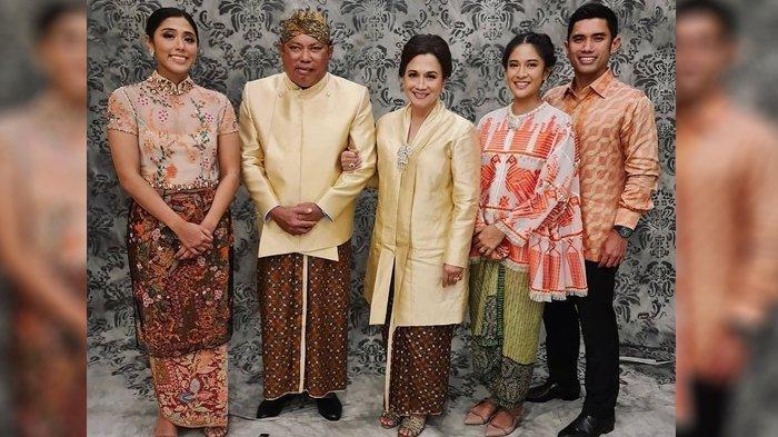 Ayah mertua Dian Sastro, Adiguna Santana Sutowo meninggal dunia