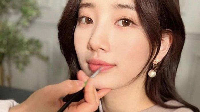 5 Rekomendasi Lipstik untuk Kamu yang Tetap Ingin Tampil Awet Muda