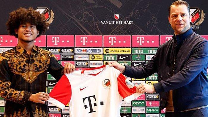 Bagus Kahfi Tanda Tangan Kontrak FC Utrecht Pakai Batik Lawas Elegan, Ternyata Bermakna Penting