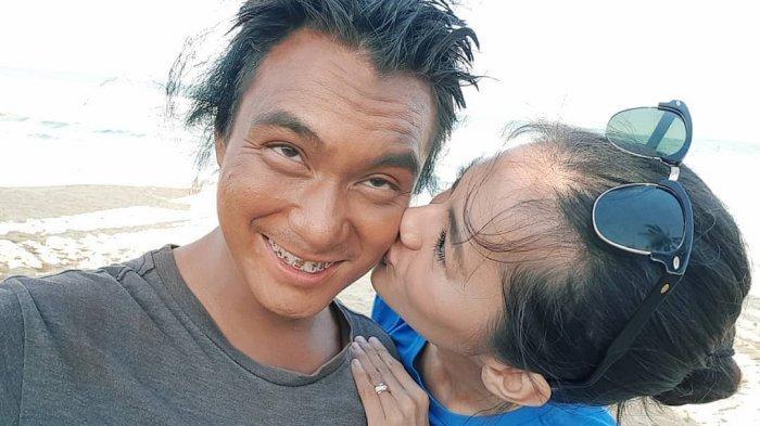 Aksi Protes Baim Wong Tentang RKUHP, Suami Paula Verhoeven Tampil Jadi Gelandangan: Aneh Negara Ini