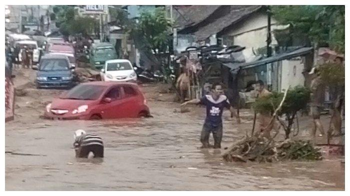 Update Terbaru Banjir Bandang Mojokerto Sabtu 19 Januari 2019, Truk dan Ternak Kambing Ikut Hanyut