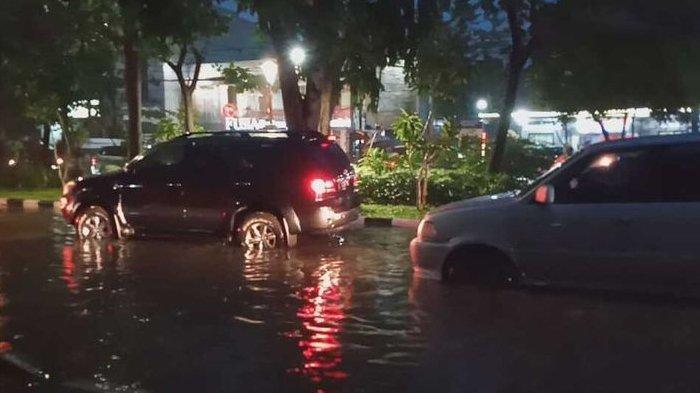Genangi Jalanan Hingga 1 Meter, Banjir Surabaya Bisa Surut dalam Waktu 3 Jam karena Ini